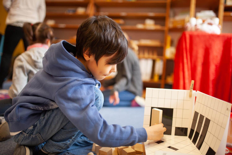 Spielerisch Lernen nach Maria Montessori